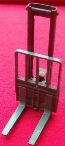 Dinky Toys 14C / 401  - Original - COVENTRY CLIMAX FORK LIFT CARRIAGE  , BLADES AND MAST SET